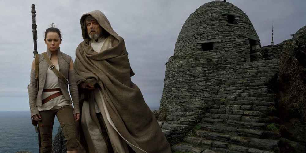 rey-and-luke-skywalker-star-wars-last-jedi