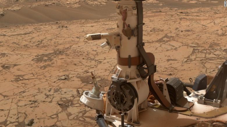 170805184844-nasa-curiosity-mars-rover-liquid-water-exlarge-169