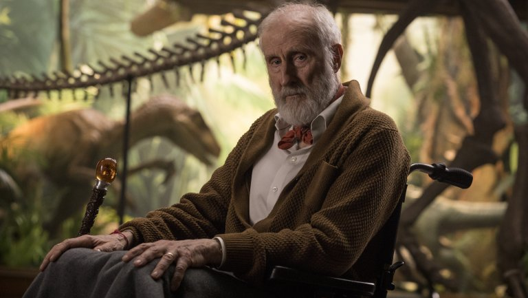 james_cromwell_in_jurassic_world-_fallen_kingdom_-_publicity_-_h_2018