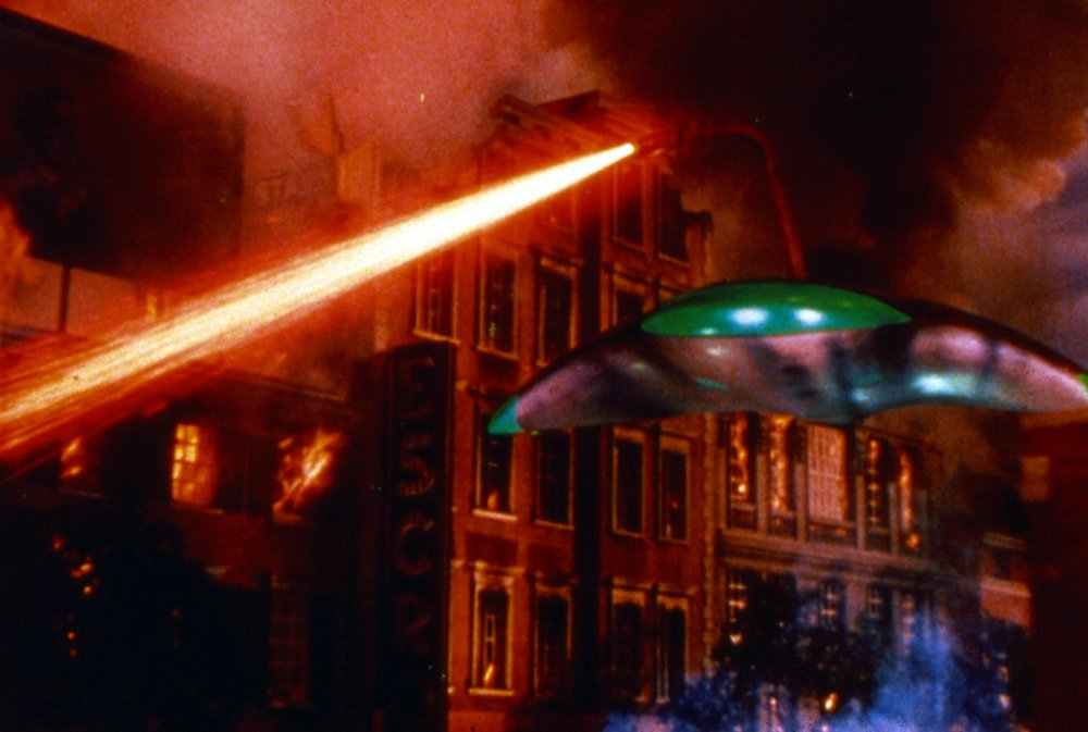 war-of-the-worlds-the-1953-001-alien-craft-colour-00m-nnm