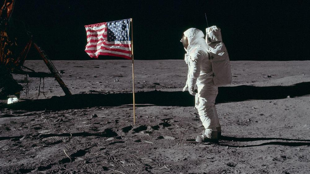 apollo-11-humans-walk-on-the-moon45541449320288