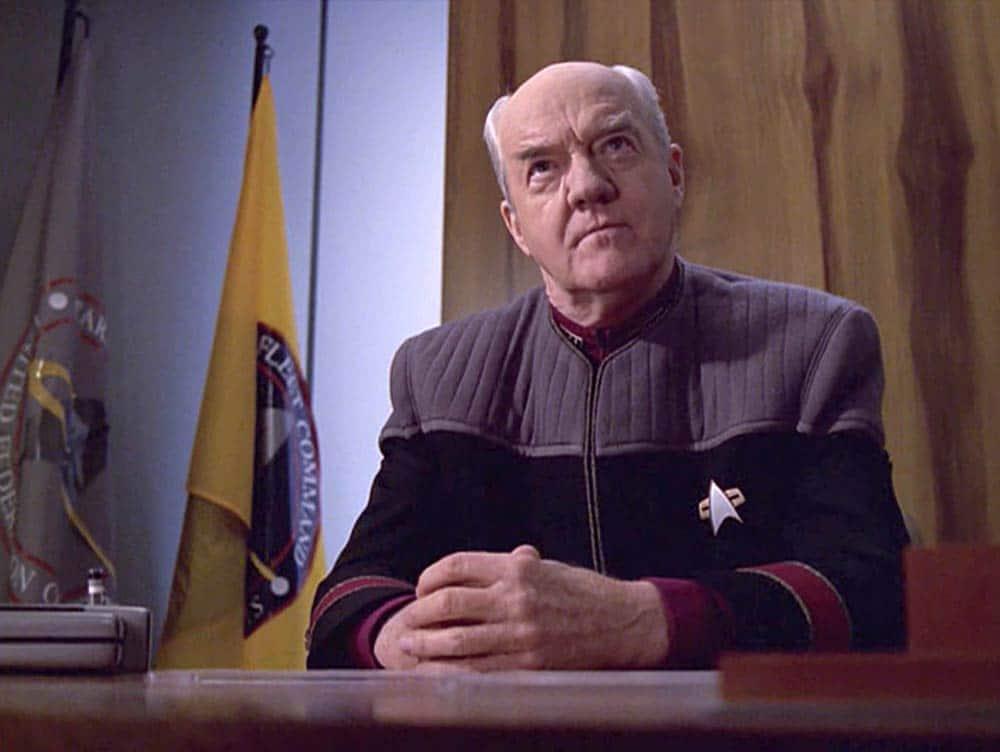 starfleetcommandflag2370s_ab_-voyager-insideman